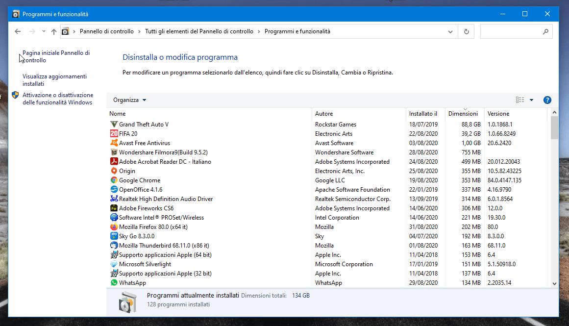 Come velocizzare Windows 10: disinstallazione programmi inutili